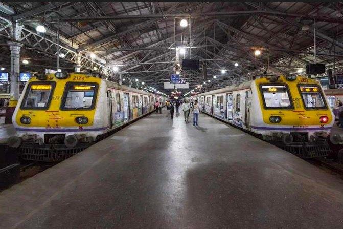 Mumbai Local Train News Updates