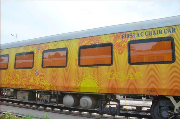 Lucknow – New Delhi – Lucknow IRCTC Tejas Express